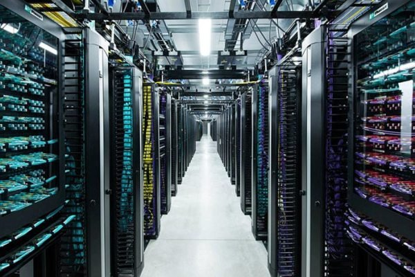 کاربرد فناوریهای نوین در صنعت دیتاسنتر بررسی شد